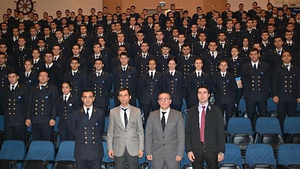 Armona Denizcilik DEÜ Denizcilik Fakültesi'ndeydi 4