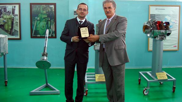 Dokuz Eylül Üniversitesi Rektör Yardımcısı Halil Köse