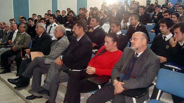 Girne Üniversitesi Konuğu Kaptan Özkan Poyraz (2)