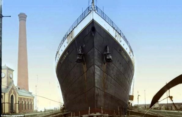 Siyah&Beyaz Titanic 'in Renklendirilmesi 2