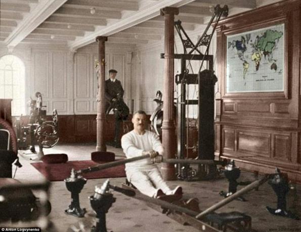 Siyah&Beyaz Titanic 'in Renklendirilmesi 7