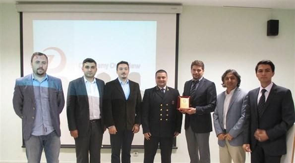 Zenith Ship Management KTÜ Kariyer Günleri plaket